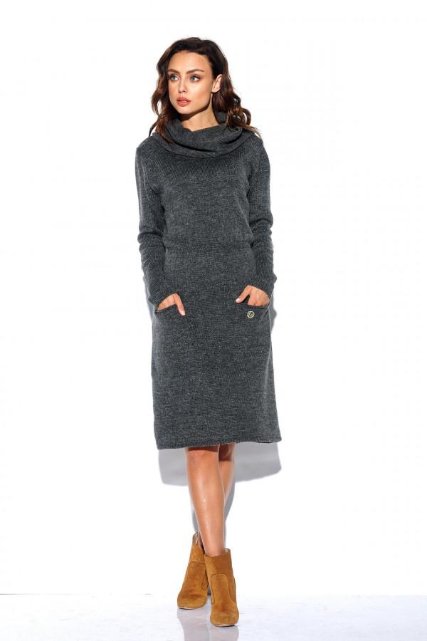 Sukienka z golfem i kieszeniami