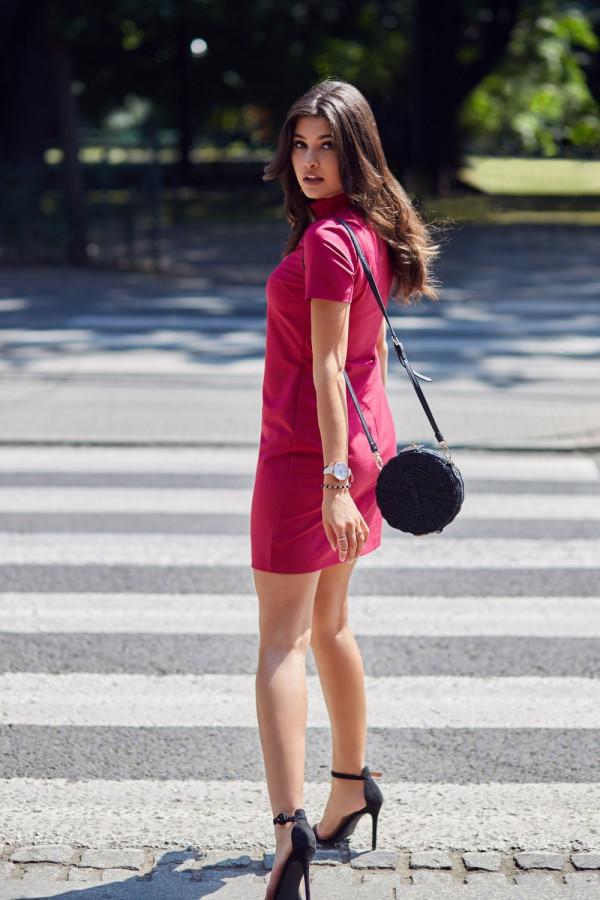 Klasyczna sukienka z chokerem ELENA 1