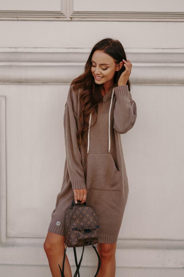 Swetrowa sukienka z kapturem LISBONA 6