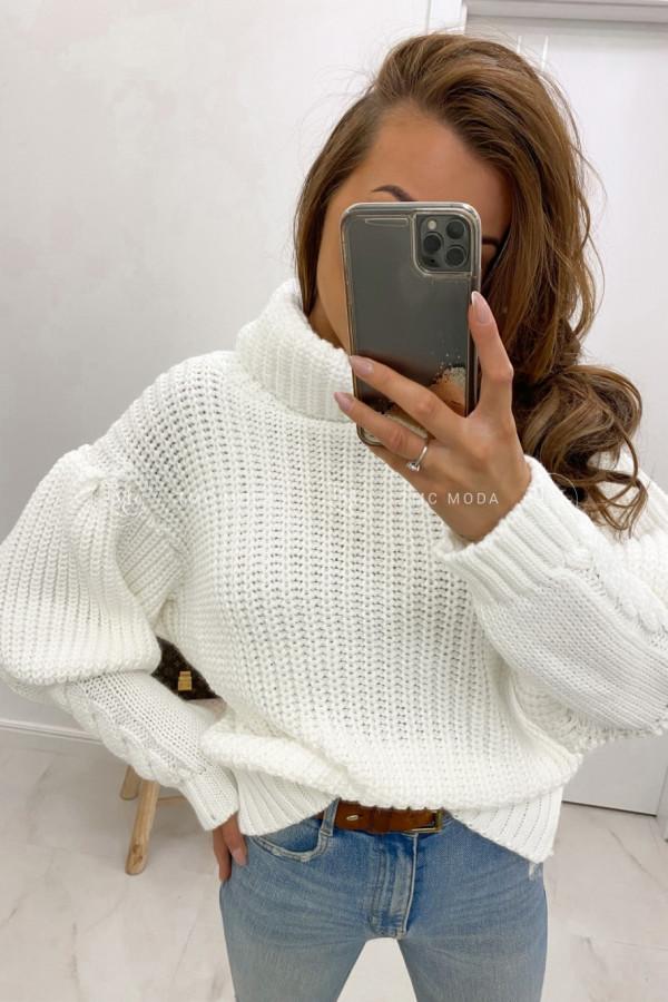 Sweter z warkoczami na mankietach TIMO 1