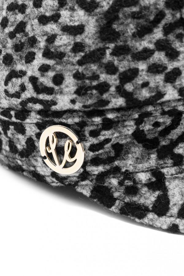 Wełniana czapka z daszkiem panterka 3