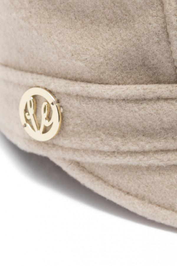 Wełniana czapka z daszkiem 4