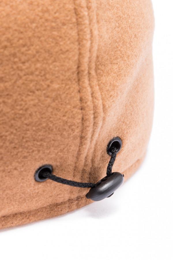 Wełniana czapka z daszkiem z eko skóry 4