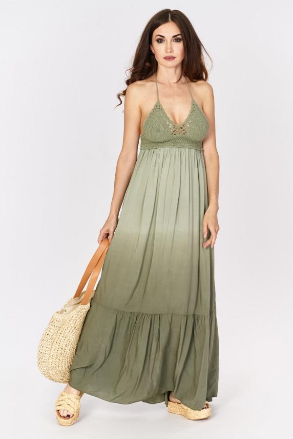 Długa sukienka w stylu boho