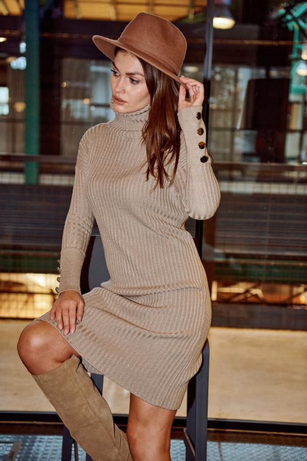 Sukienka swetrowa z golfem ALASKA
