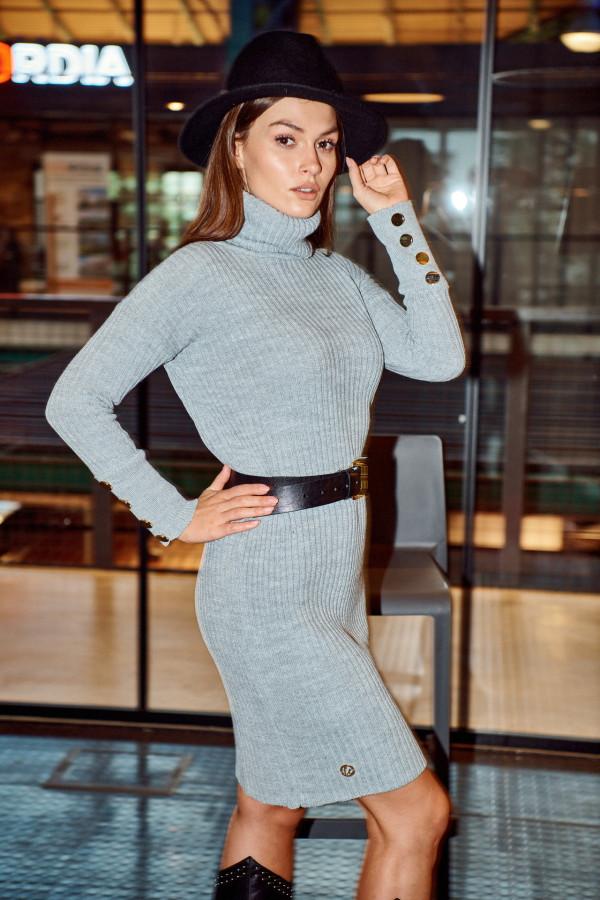 Sukienka swetrowa z golfem ALASKA 1