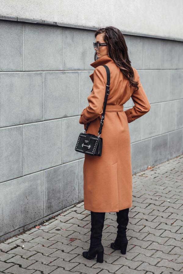 Długi płaszcz wiązany DARCY