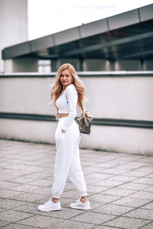 Spodnie dresowe BAGGY 2