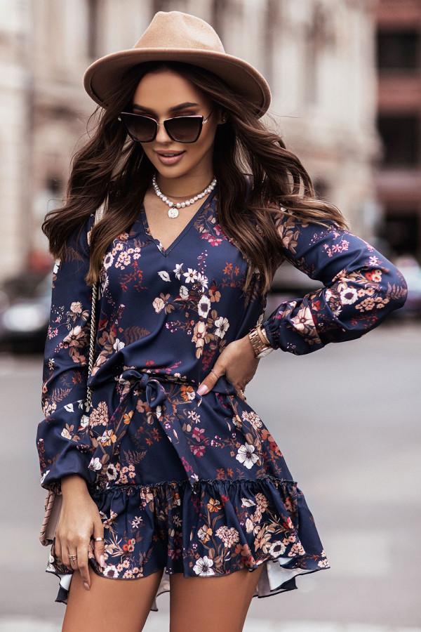 Sukienka z dekoltem V i falbaną w kwiaty RENEE granat 2