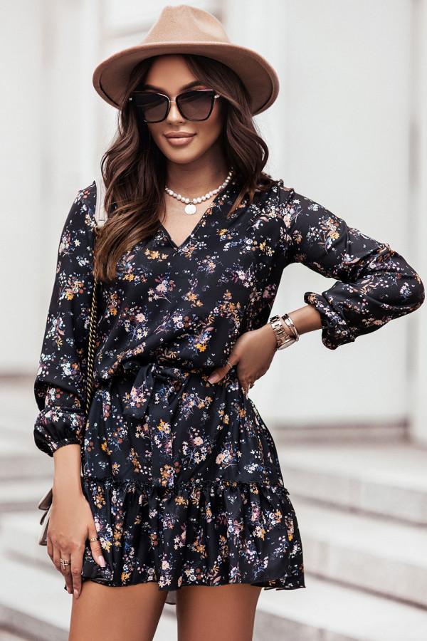 Sukienka z dekoltem V i falbaną w kwiaty RENEE czerń 1
