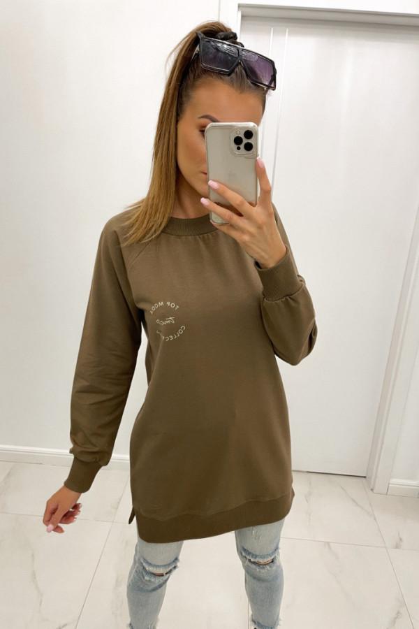 Bluza basic o dłuższym kroju z logo TMC brąz