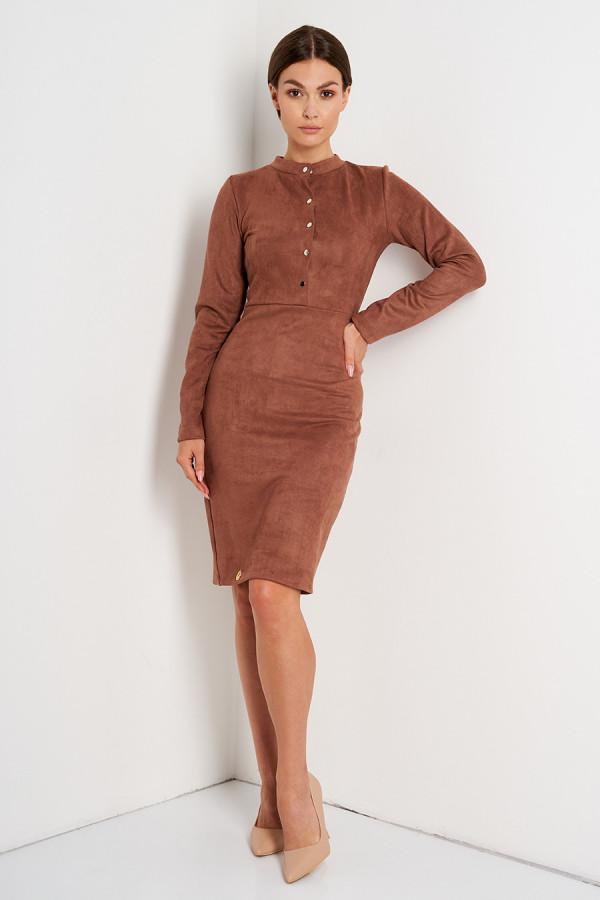 Dopasowana sukienka ze złotymi guzikami AMANDA brąz