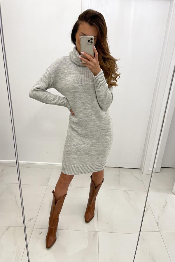 Sukienka swetrowa z golfem DIANA szara