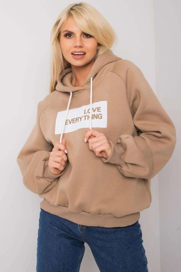 Bluza z kapturem z napisem LOVE EVERYTHING beż