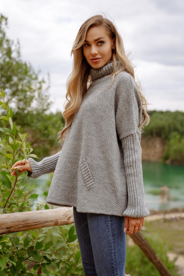 Sweter golf oversize z dodatkiem wełny KATHLYN szary