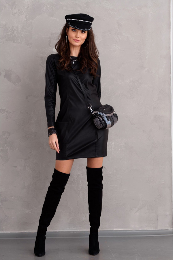 Sukienka mini z eko skóry TRISHA czarna