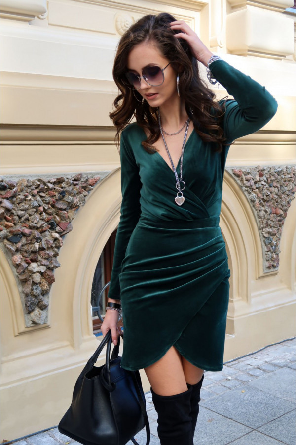 Sukienka welurowa z kopertowym dekoltem ASHLEY zieleń
