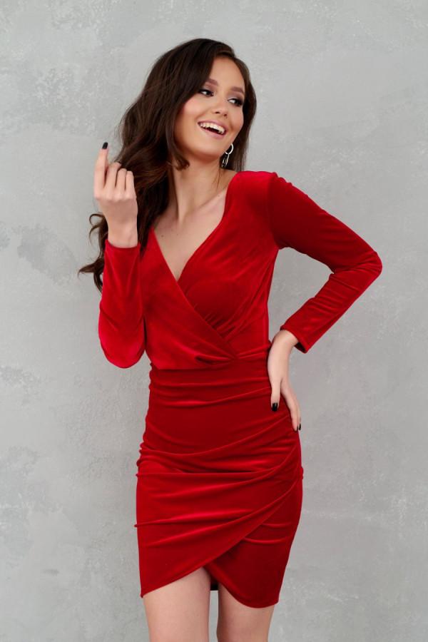 Sukienka welurowa z kopertowym dekoltem ASHLEY czerwień